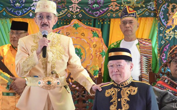 Sultan of Lanao proclaims DOF Secretary Dominguez as Datu